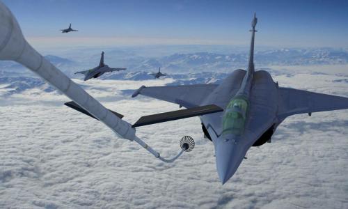 Dassault Rafale en Patrouille (Refueling)